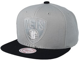 ca18d6c1339be Brooklyn Nets Cropped Satin Grey Black Snapback - Mitchell   Ness