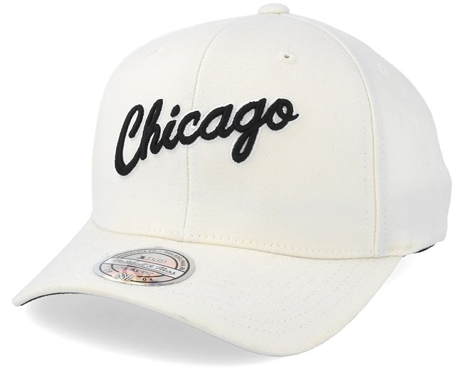 3ce5f77612b Chicago Bulls Courtside 2 Cream 110 Adjustable - Mitchell   Ness caps -  Hatstoreworld.com