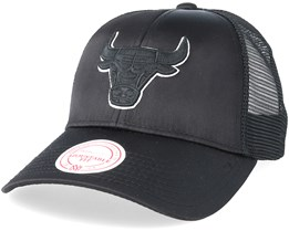 Chicago Bulls Satin Current Black/Black Trucker - Mitchell & Ness