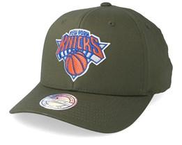 New York Knicks Battle Green 110 Adjustable - Mitchell & Ness