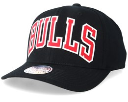 best sneakers ffde5 94217 Chicago Bulls Jersey Logo 110 Black Adjustable - Mitchell   Ness