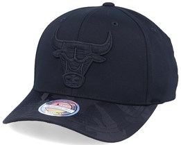 Chicago Bulls Black Out Black 110 Adjustable - Mitchell & Ness