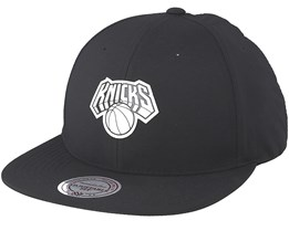 New York Knicks Check Black Strapback - Mitchell & Ness