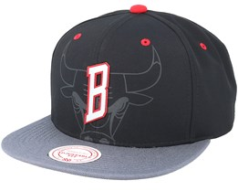 Chicago Bulls Reflective 2 Tone Black/Grey Snapback - Mitchell & Ness