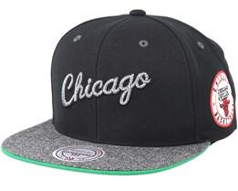 Chicago Bulls Melange Patch Black/Grey Snapback - Mitchell & Ness