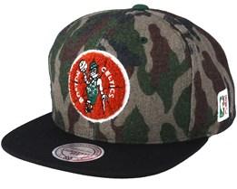 Boston Celtics Flannel Camo/Black Snapback - Mitchell & Ness