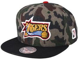 Philadelphia 76ers Flannel Camo/Black Snapback - Mitchell & Ness