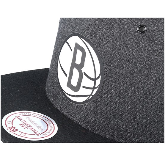 ed7d50e460feb0 Brooklyn Nets Woven Reflective Charcoal Snapback - Mitchell & Ness caps |  Hatstore.co.uk