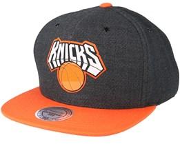 New York Knicks Woven Reflective Charcoal Snapback - Mitchell & Ness