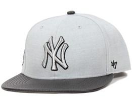NY Yankees Riverside Grey Snapback - 47 Brand 40cf055422d