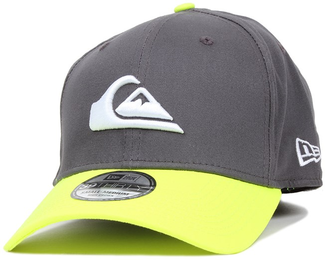Mountain   Wave Smoke 39Thirty Flexfit - Quiksilver caps  8bc8f45eea9