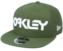 Mark Ii Novelty New Dark Brush Snapback - Oakley