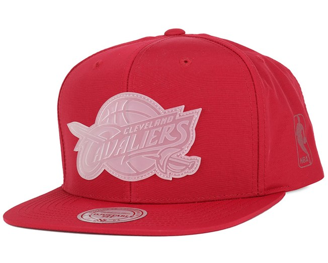 Cleveland Cavaliers Warm Up Burgundy Snapback - Mitchell   Ness caps ... e08f124c9ae4
