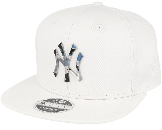 New York Yankees Camo Metal Logo White Snapback - New Era caps ... ca8e7bc269d