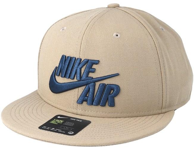 386fd69039d Air True Eos Khaki Snapback - Nike caps