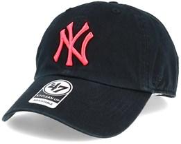 New York Yankees Clean Up Black/Pink Adjustable - 47 Brand