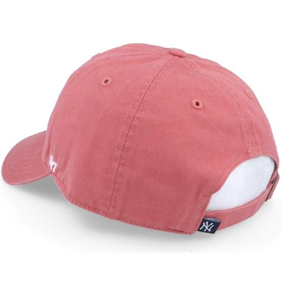 9492da9325d43 New York Yankees Clean Up Red Adjustable - 47 Brand caps - Hatstoreworld.com