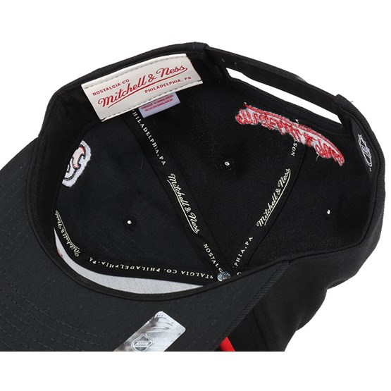 c2044a1223281 New Jersey Devils Gothic City Black Snapback - Mitchell   Ness caps ...