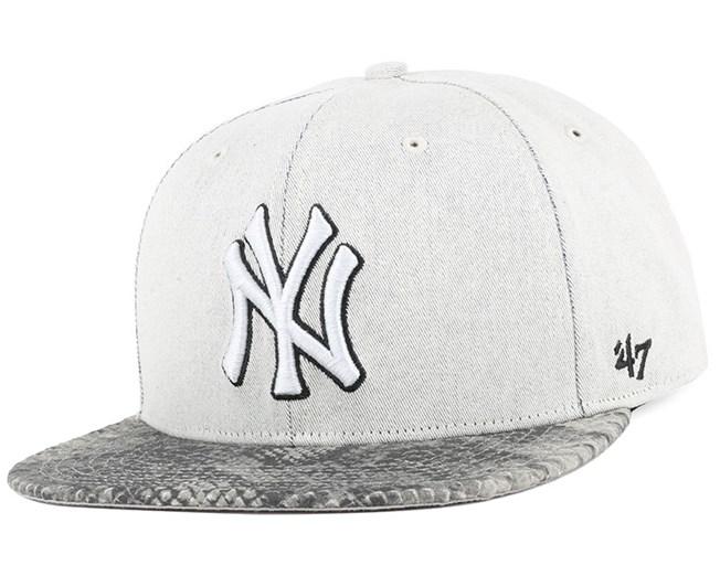7197c6e3097 NY Yankees Stone Scale Strapback - 47 Brand caps - Hatstoreaustralia.com