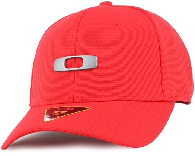 Metal Gas Can Red Line Flexfit - Oakley caps  4ac8ac4da43