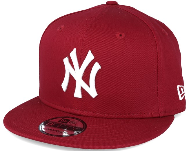 New York Yankees MLB League Essential Red 9fifty Snapback - New Era ... cef57bef36a9