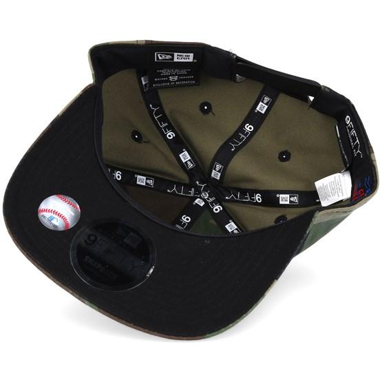 fa1624f157b New York Yankees MLB Metal Badge Camo 9fifty Snapback - New Era caps ...