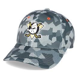 cc2add90d0564 Mitchell   Ness Anaheim Ducks Carbon Camo Slouch Flexfit - Mitchell   Ness   29.99. -20%. 47 Brand Pittsburgh Penguins Contender Black ...