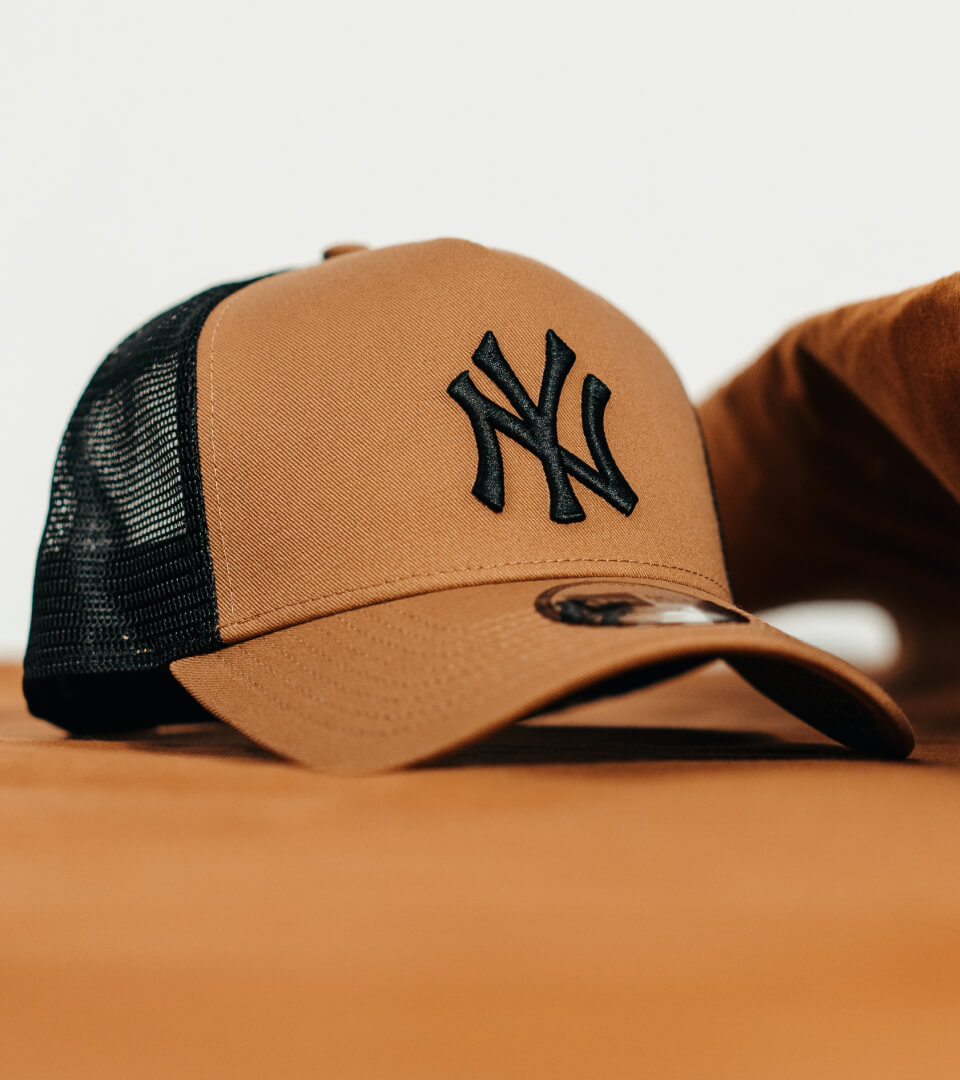 Hatstore Exclusive x New Era Caramel Trucker
